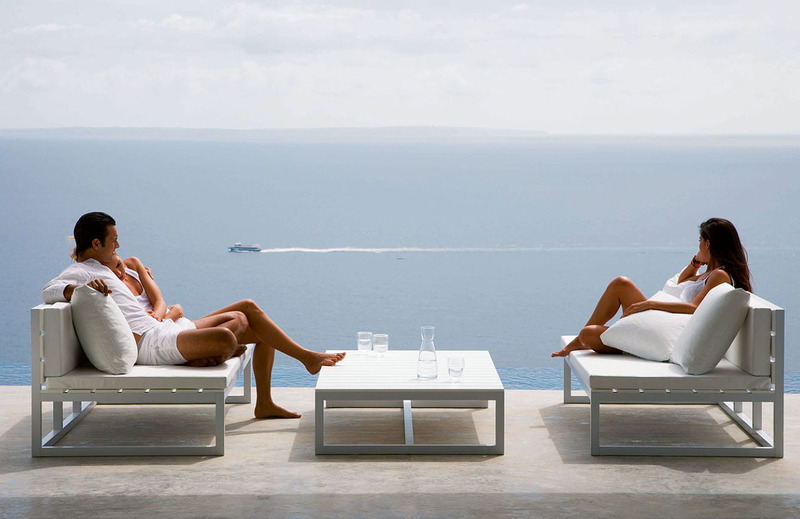 Outdoor Furniture, Use The Outdoor Furniture For Your House
