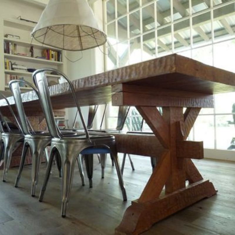 Farmhouse Table, Metal Chairs / Design Bookmark #21328