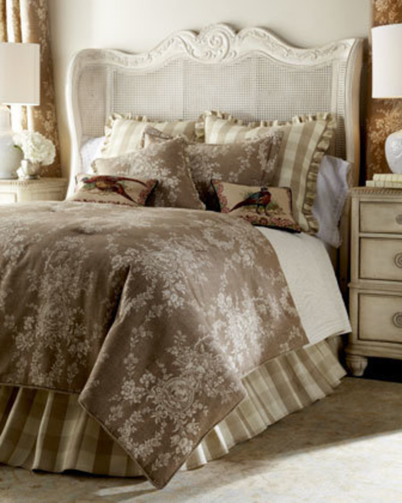Designer bedding at neiman marcus design bookmark 21409 - Look contemporary luxury bedding ...
