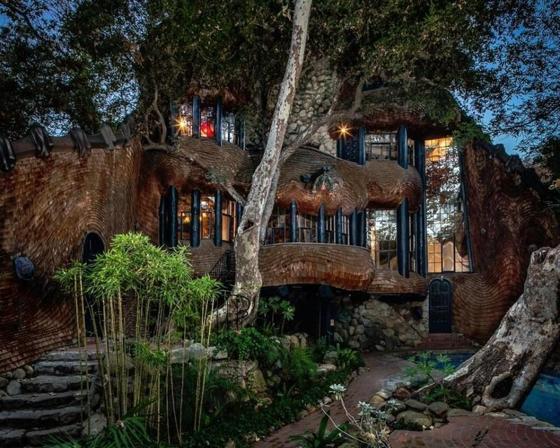 Live In A Wacky Fairytale Cottage In Santa Barbara For 1