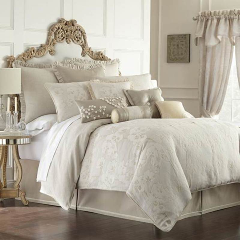 Luxury Bedding Comforter Sets Bedspreads Amp Quilts