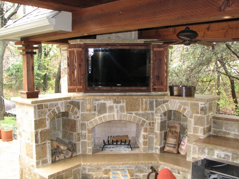 Outdoor Tv Cabinets With Doors, Outside Tv's & Cabinets