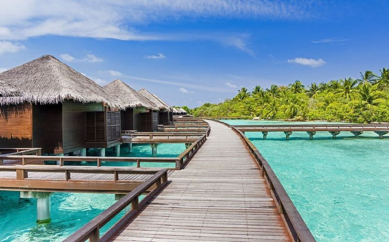 Luxury Leisure Bungalow, Luxury Water Bungalows