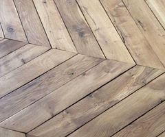 25+ Best Ideas About Herringbone Wooden Floors On Pinterest
