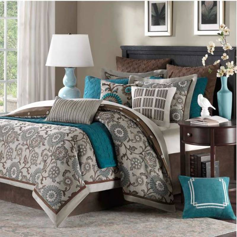 Bedspreads And Comforters, Unusual Bedding, Unique Comforters, Duvets, Quilts, Bed Sets