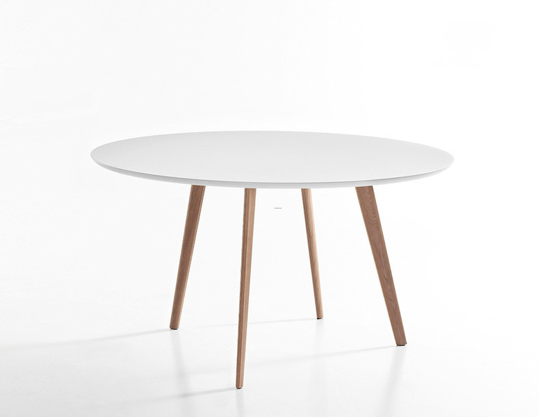 Round Table, Buy The Arper Gher Round Table At Nest.Co.Uk