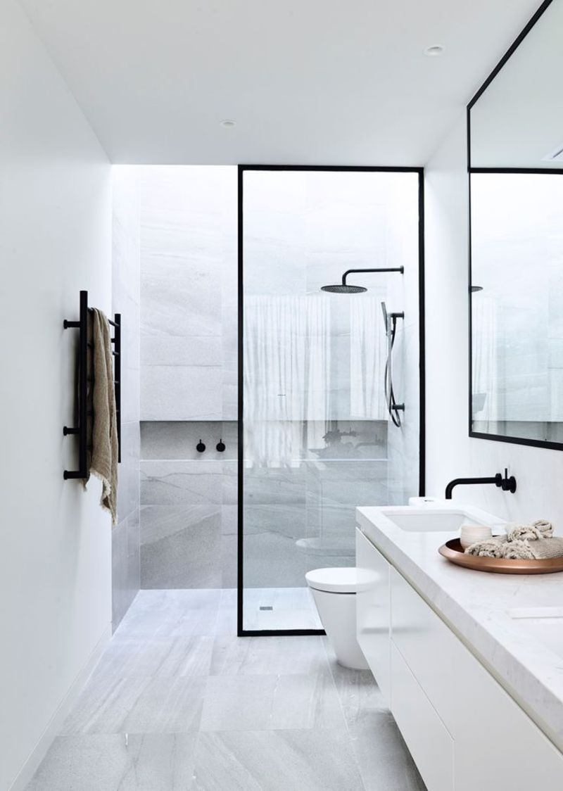 Best 20+ Small Bathrooms Ideas On Pinterest / design ...
